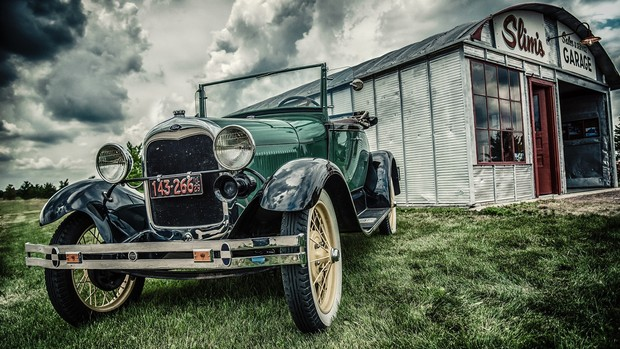 Vintage Cars Desktop Background