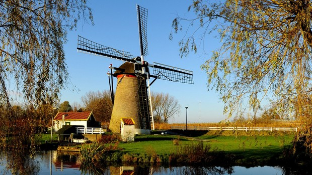 Beautiful Holland Wallpaper