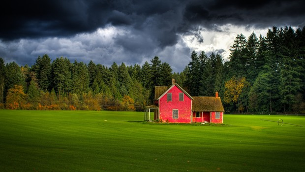 Houses High Definition Wallpaper