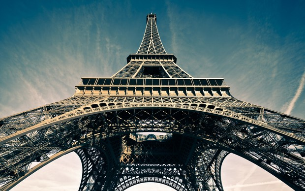 Eiffel Tower High Definition