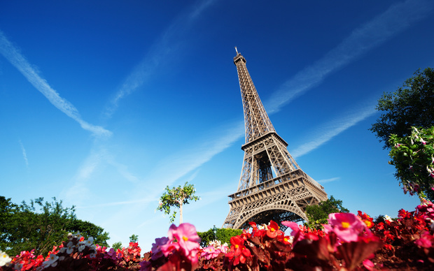 Free Eiffel Tower Wallpaper
