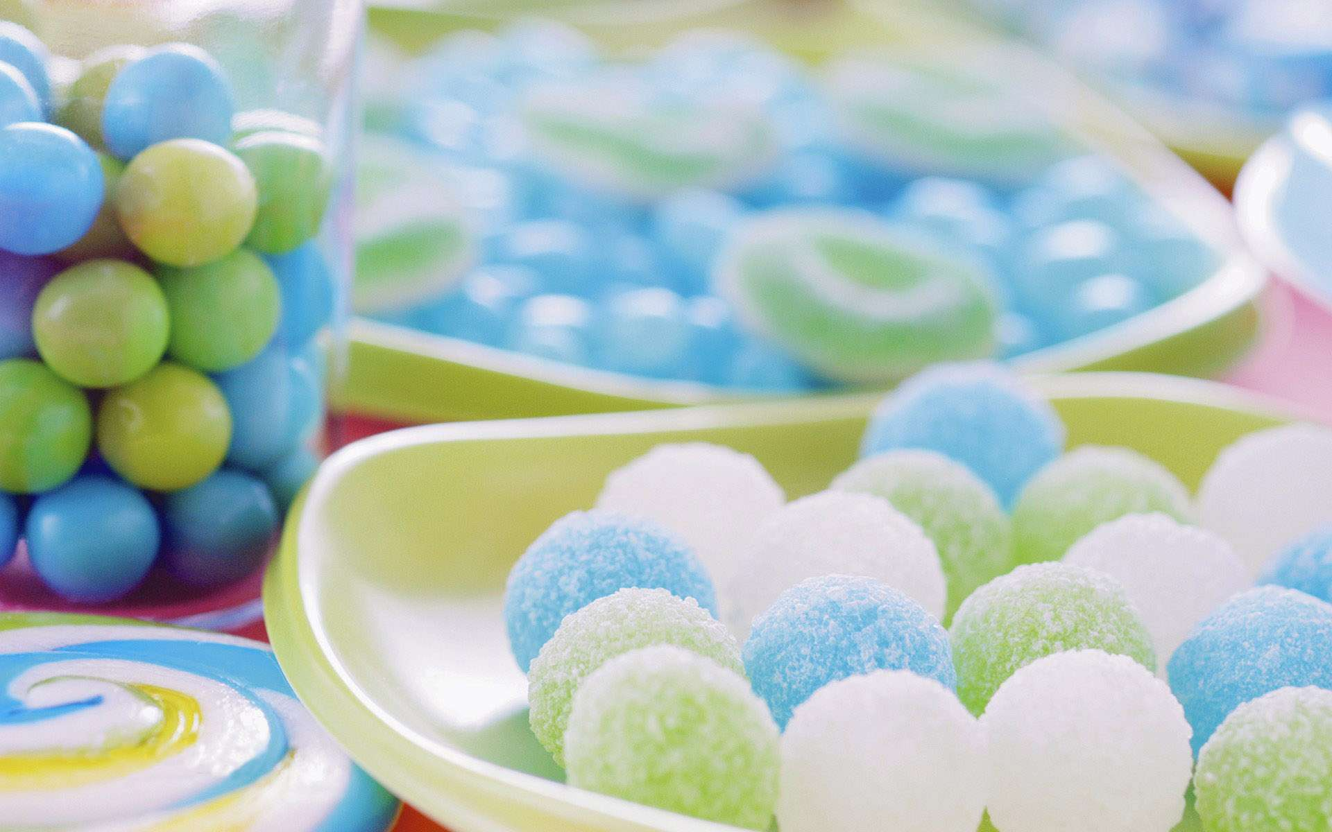 Cool Candy Cakes - wallpaper.