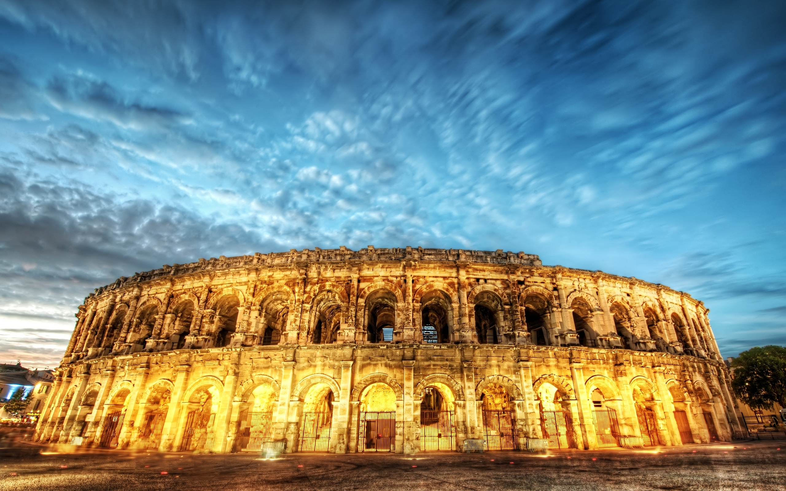 De as well Colosseum Restoration Before And After Wallpaper 1 in addition Beautiful Architecture In The Night Colosseum Of Rome additionally Rome Colosseum 2560x1440 further 3840x2160. on download coliseum italy 1920x1080 wallpaper