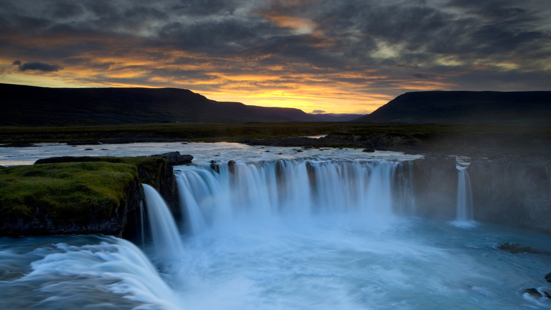 wallpaper godafoss iceland free - photo #9
