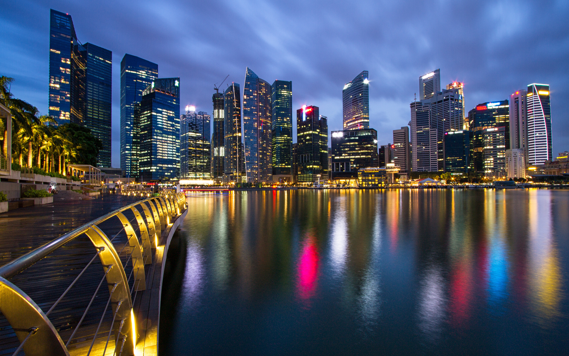 hong kong and singapore Compare and book cheap flights from singapore to chek lap kok (hong kong intl airport) free 24 hour cancellation on most flights.
