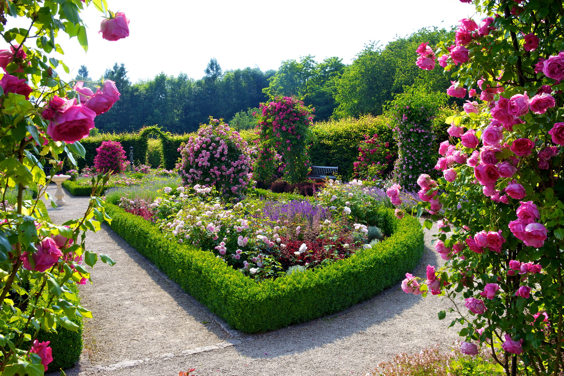 Flower garden wallpapers best wallpapers for Flower garden landscape