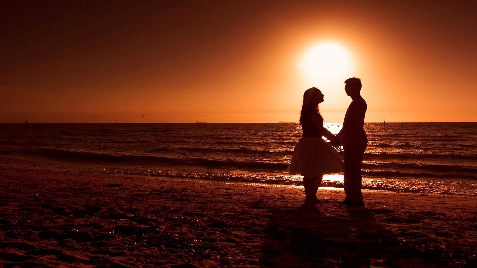 Love couple Full Hd Desktop Wallpaper : Romantic Wallpapers Best Wallpapers