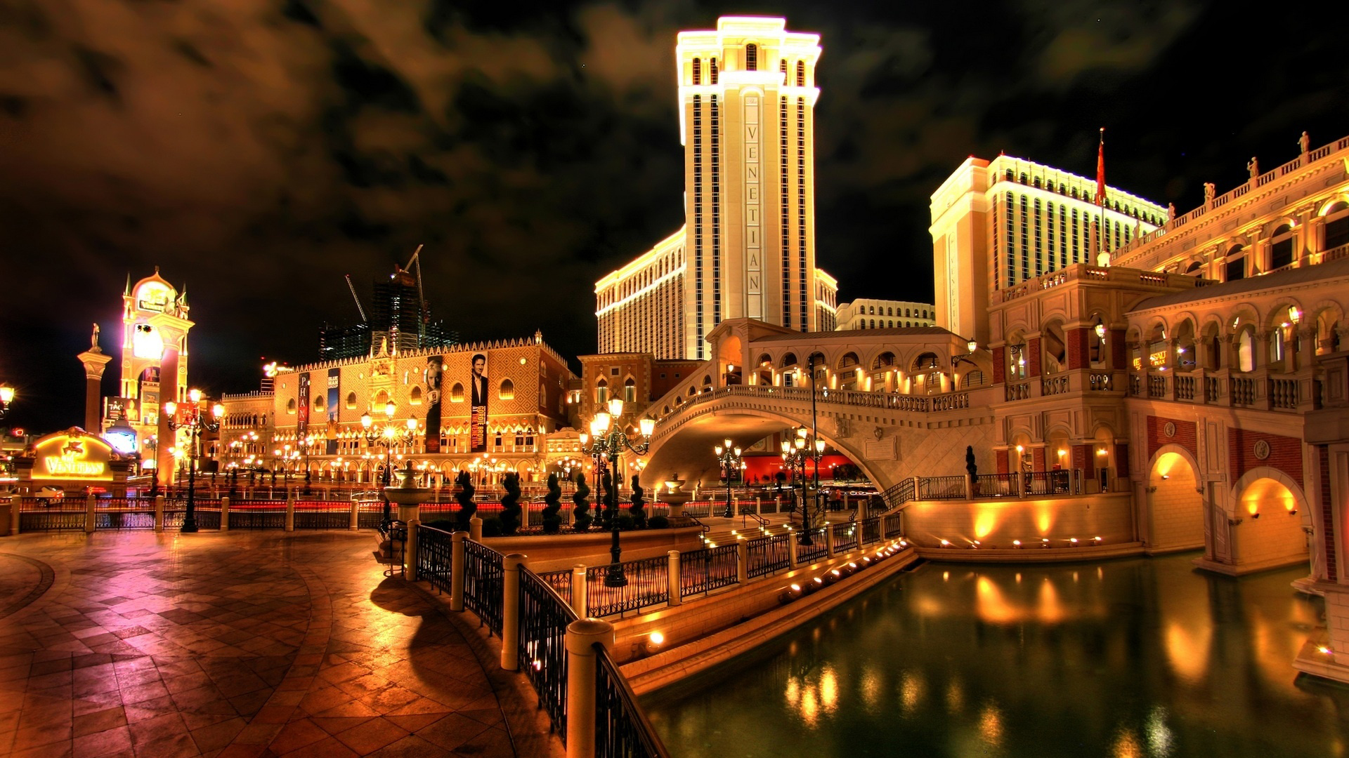 Las vegas wallpapers best wallpapers for Beautiful hotels