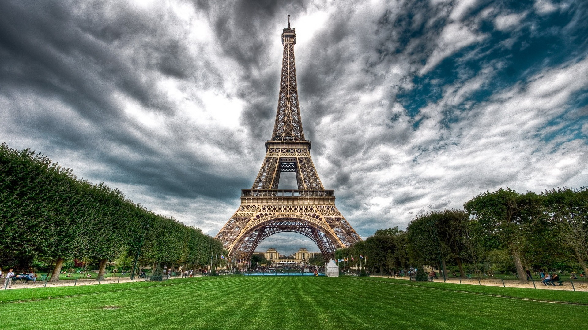 eiffel tower wallpaper - photo #14